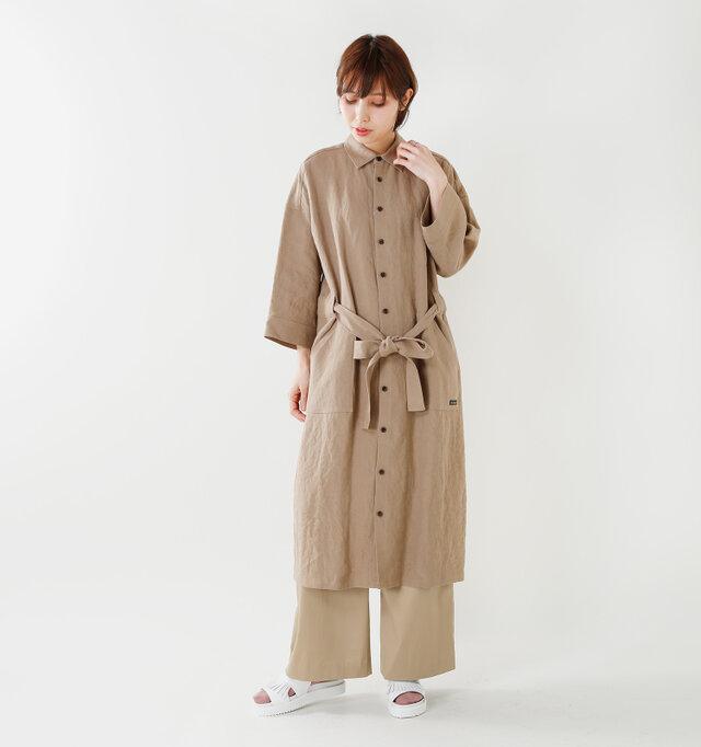model yama:167cm / 49kg color : white / size : 38   カジュアルさも残しながらきちんと感も外さない大人のデイリーにぴったりなサンダルです。