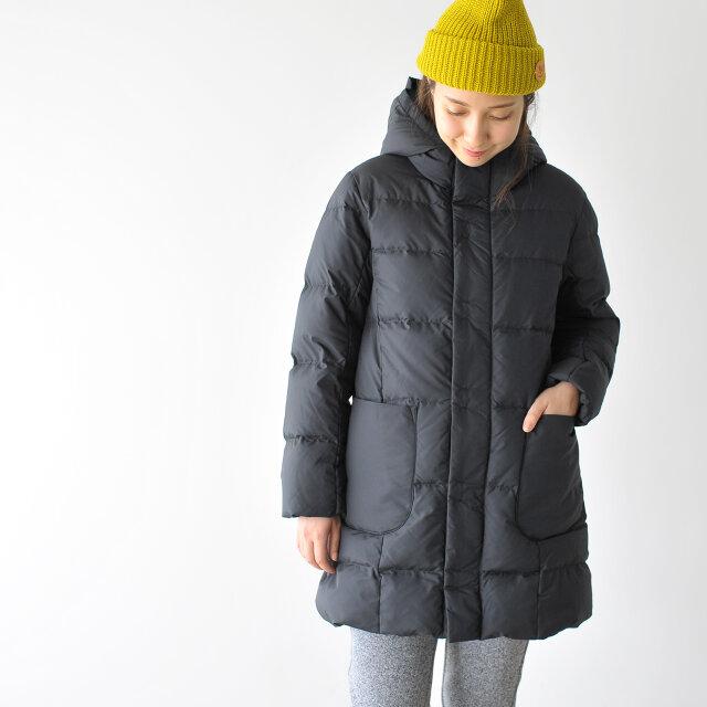 モデル:164cm / 46kg color : black / size : 12(S)
