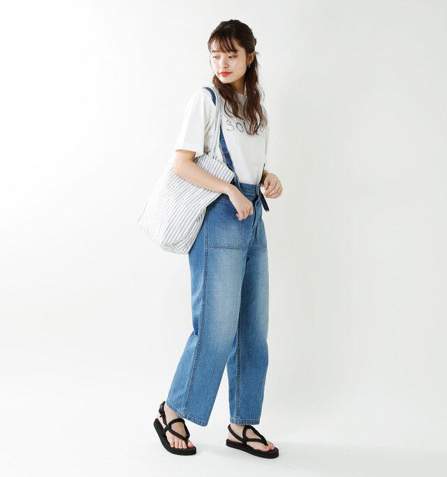 model kanae:167cm / 48kg color : black / size : 6(24.0cm)