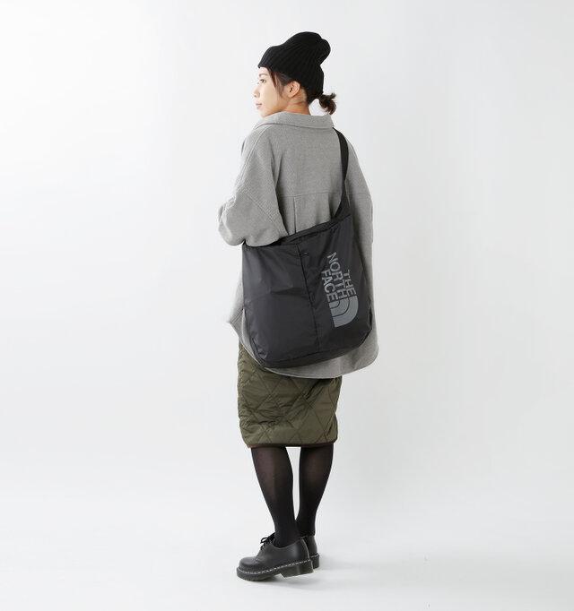 model hikari:165cm / 48kg color : black / size : 19L