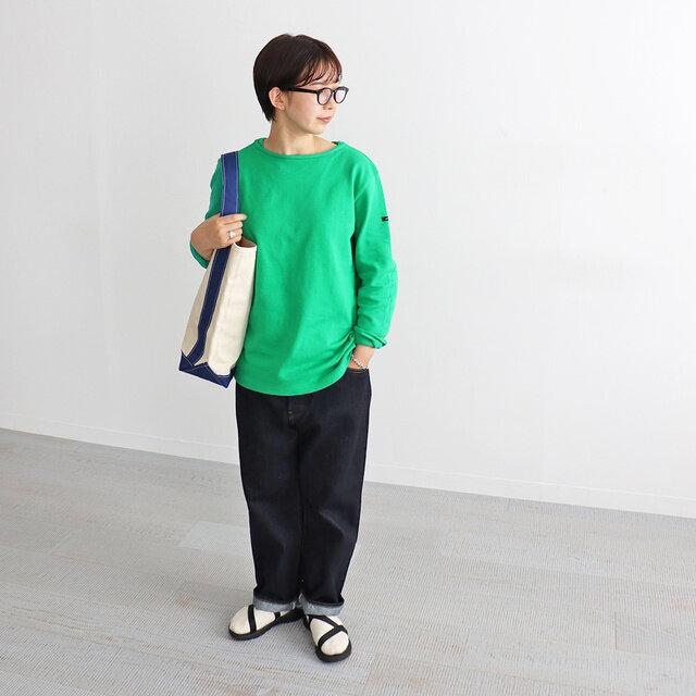 グリーン / 3 着用、モデル身長:165cm ※ゆったりめに着用しています