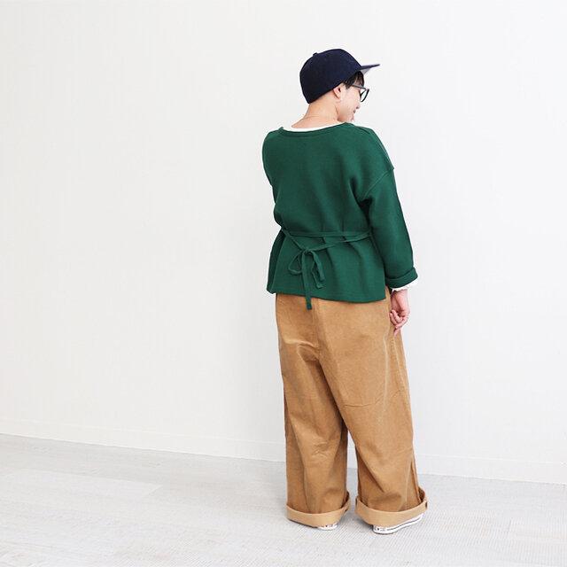 グリーン 着用、モデル身長:150cm