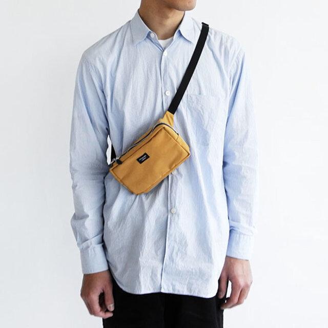 ウェストバッグとしても使えますが、斜め掛けに持っても◎