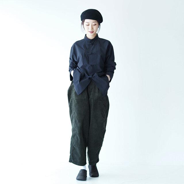 モデル:166cm / 47kg color : triple black / size : 6.5(Women's-23.5cm)