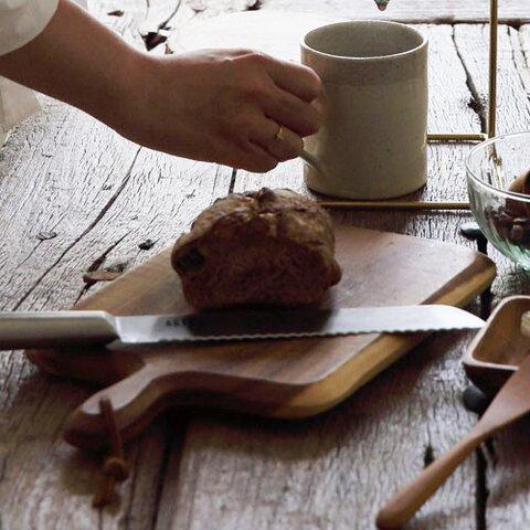 Horn Please|食卓を彩るカッティングボード