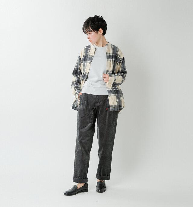 model saku:163cm / 43kg  color : charcoal / size : S