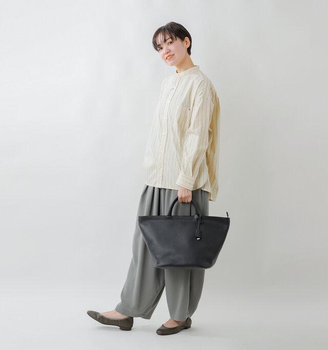 model saku:163cm / 43kg  color : black×brown / size : one
