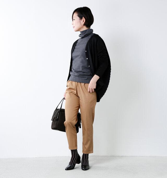 model mayu:158cm / 48kg color : black / size : 23.0cm
