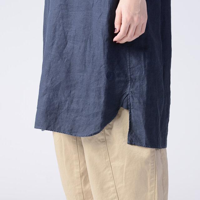 裾のハギ目に施されたガゼットがほつれを防ぎ、耐久性もアップします。