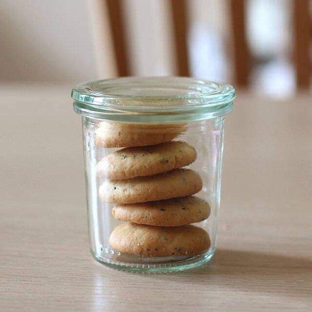 容量140mlのMold Shape WE-761。 余ったクッキーを入れたり、季節のフルーツで使ったジャムを小分けして保存しておくのに良いサイズです。