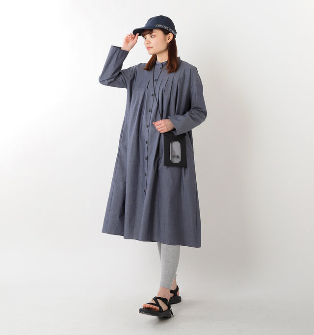 model rina:169cm / 50kg color : black / size : 1L