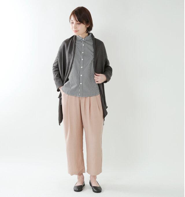model yama:167cm / 49kg color : black gingham / size : 2