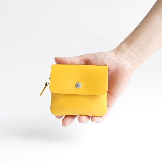 バッグの大きさを選ばない、手のひらサイズが魅力的。