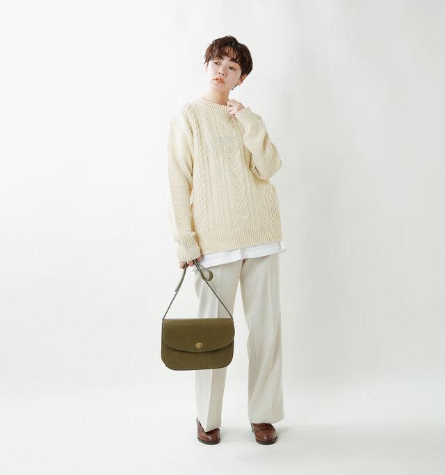 model saku:163cm / 43kg  color : white / size : S