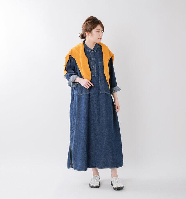 model hikari:165cm / 48kg color : white / size : 7(約24.0cm)