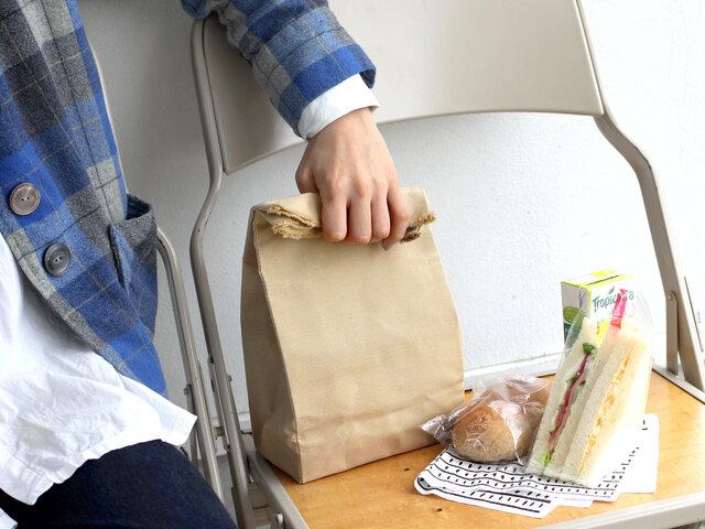 ランチバッグ代わりにお弁当を入れてもOK。