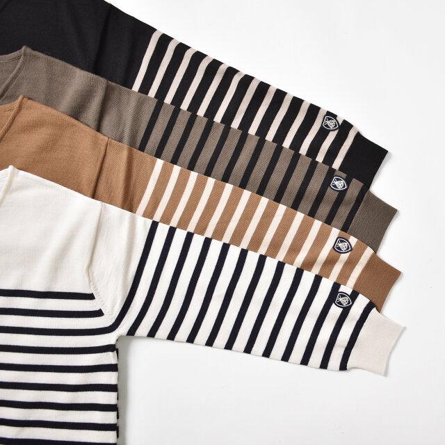 カラーはナチュラルな印象の、【ecru×navy】【camel×off white】【mocha×black】【black×pumice】の4種類をご用意しました。