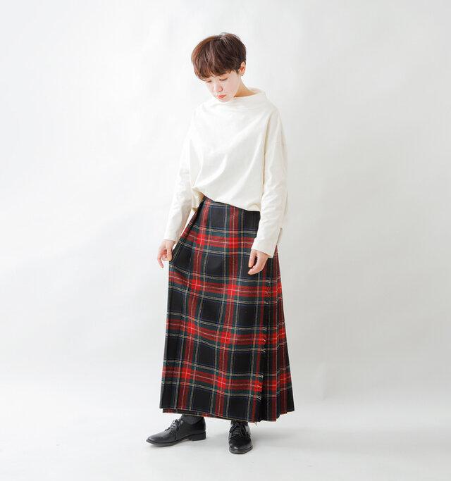 model saku:163cm / 43kg  color : off white / size : 1