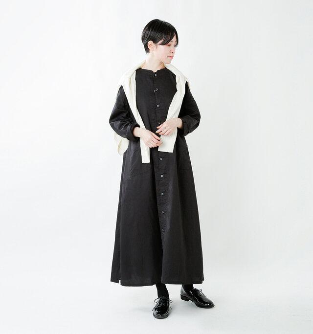 model saku:163cm / 43kg  color : enamel black / size : 37(23.0cm)