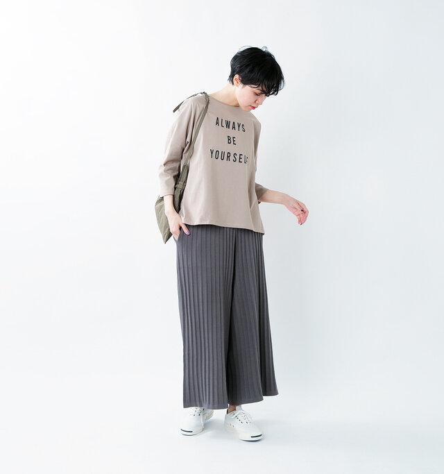 model saku:163cm / 43kg  color : ash gray / size : F