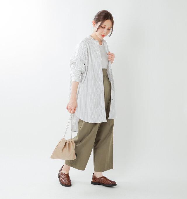 model yama:167cm / 49kg color : brown / size : 8h(約24.5cm)