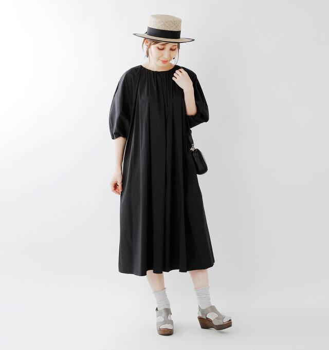 model yama:167cm / 49kg color : gray / size : 38