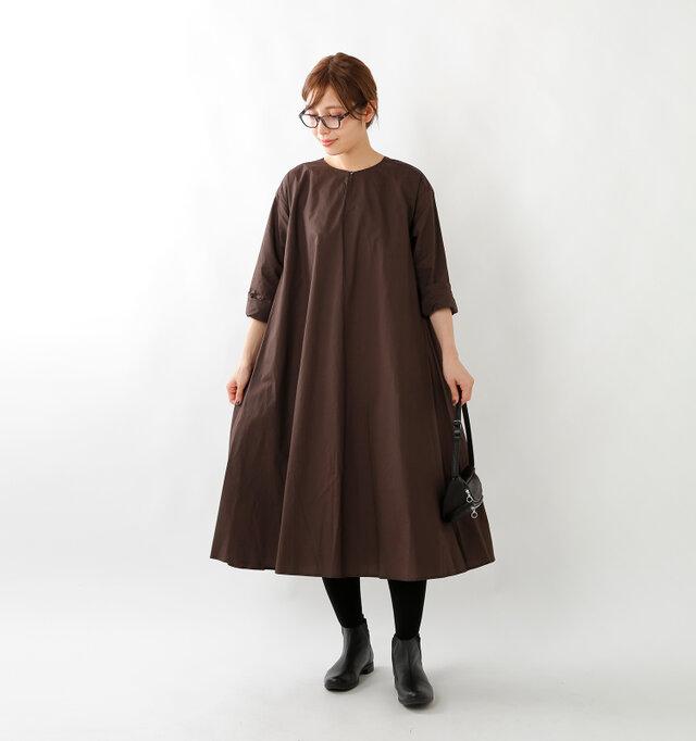 model yama:167cm / 49kg color : brown / size : F