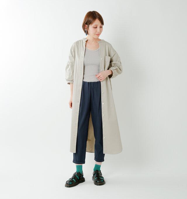 model yama:167cm / 49kg color : black / size : 5