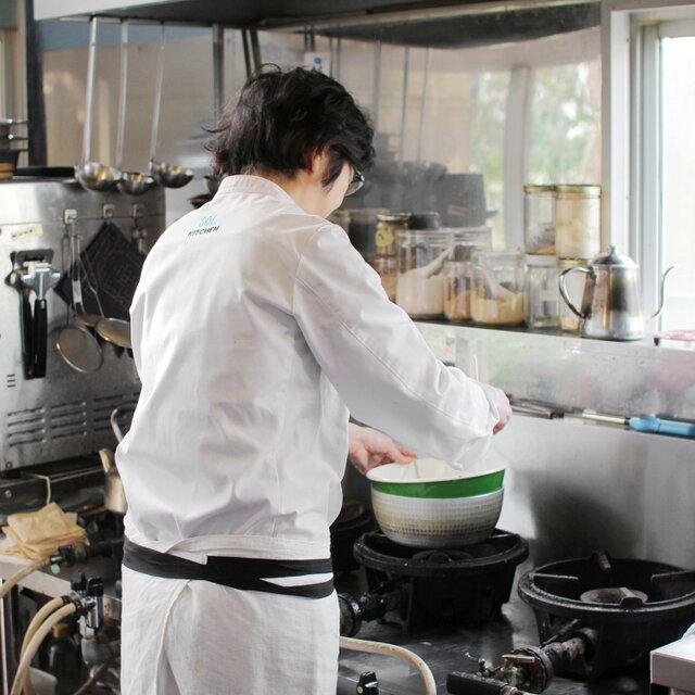 無類のチョコレート好きという、店主の吉田さん