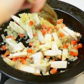 FRYING PAN JIU | お皿にもなる鉄フライパン