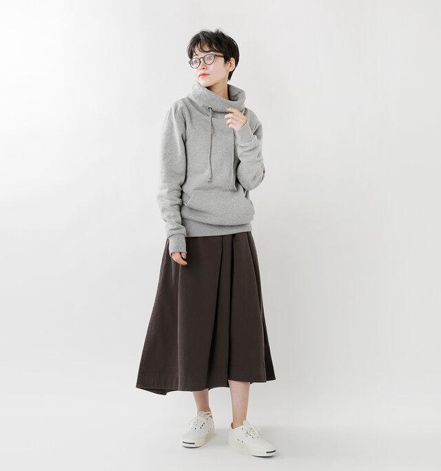 model saku:163cm / 43kg  color : melange chiaro / size : S