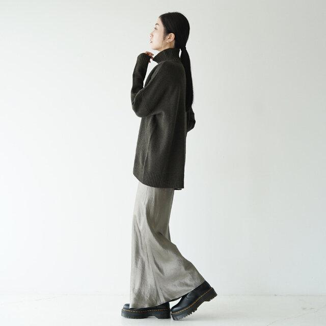 モデル:166cm / 47kg color : black / size : 5.0(24.0cm相当)