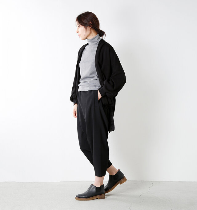 model yama:167cm / 49kg color : white×black / size : 1
