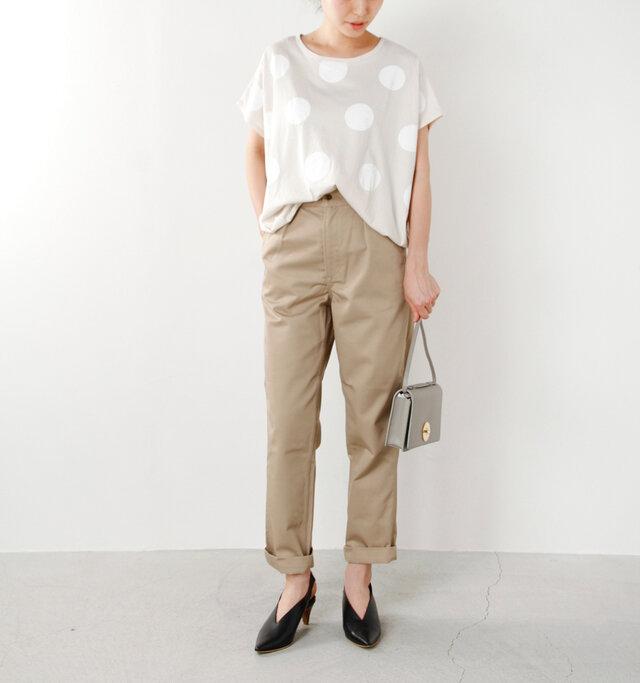 model yama:167cm / 49kg color : light beige / size : 1