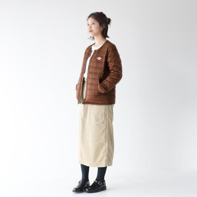 color : log brown