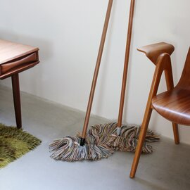 Sladust|Wooly With Wooden Handle
