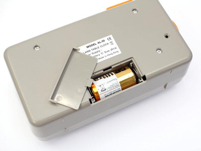 電源(バッテリー)は、単二電池1個となります。
