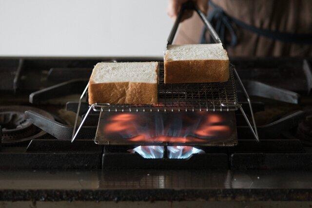 まんべんなく広がる火がトーストをじっくり焼いてくれます