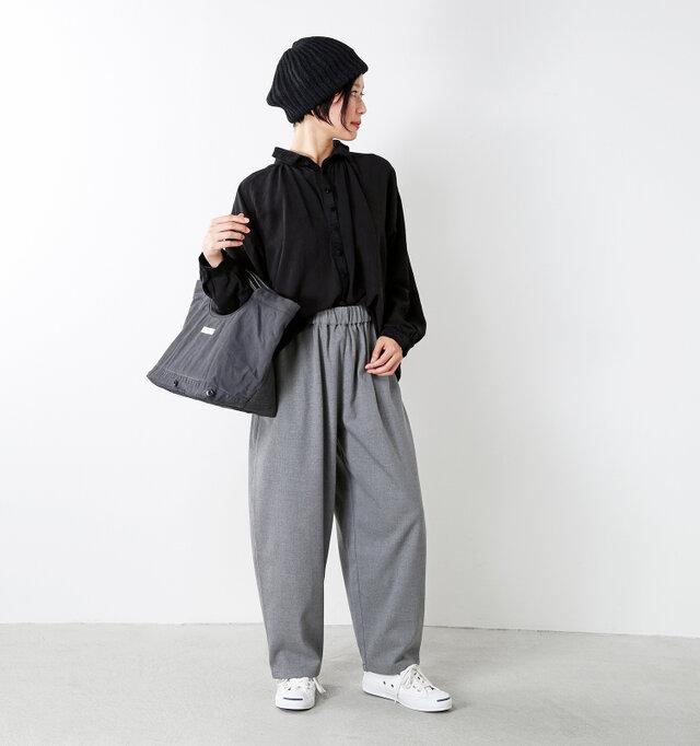 model mayu:158cm / 48kg color : gray / size : 1