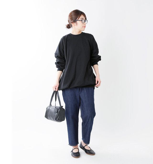 model hikari:165cm / 48kg color : black / size : M(24.0~24.5cm)
