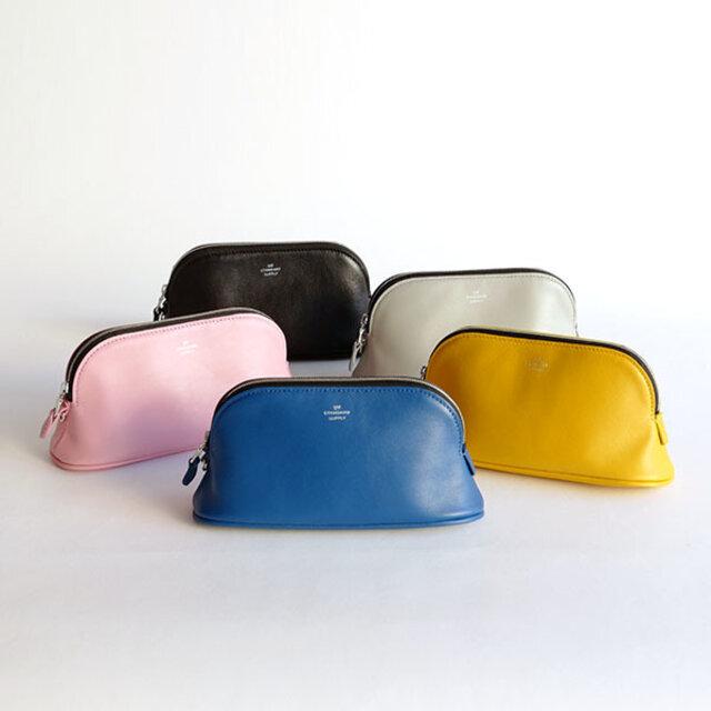 ブランドの特徴のひとつでもある豊富なカラーバリエーション。ベーシックカラーから、ニュアンスカラーまで豊富に揃えています。お好みのカラーをお選びください。