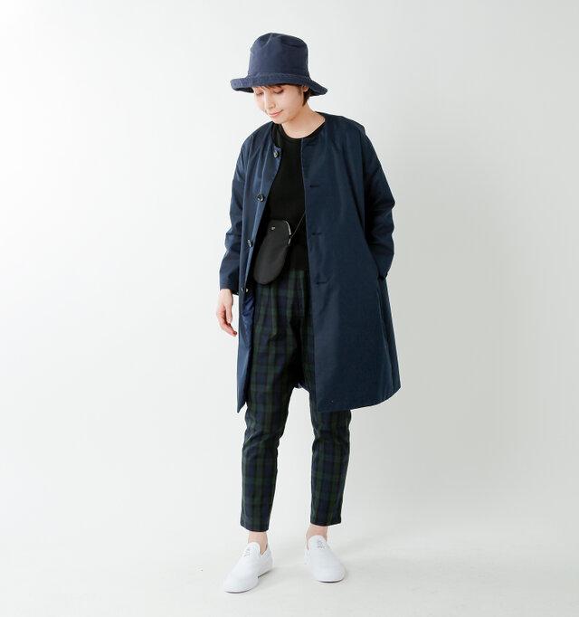 model yama:167cm / 49kg color : dark navy / size : 0