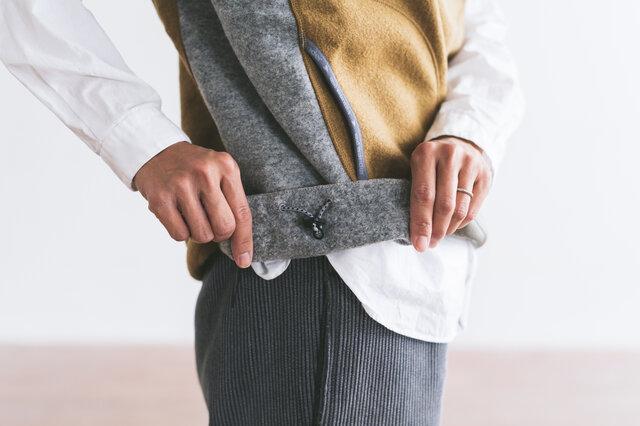 裾部分は、ドローコードで調節していただけます。