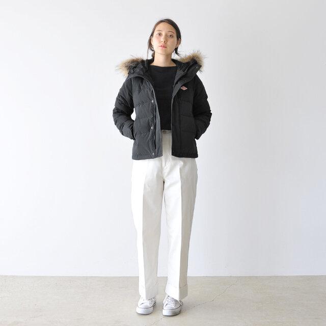 モデル:164cm / 46kg color : black / size : 34(レディースS)  ▼モデル着用感 普段着用サイズ: <TOPS>S~Mサイズ / <BOTTOMS>S~Mサイズ ジャストサイズです。程良いゆとりがありつつ、 コンパクトなサイジングがスタイリッシュで良いですね。