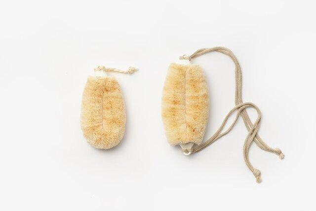 左:紐なし 右:紐付き