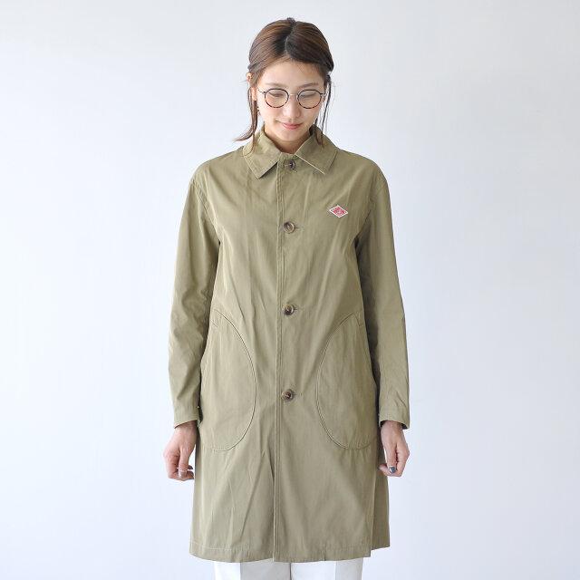 暖かさは確保しながら、軽やかにコーデを楽しみたい。 そんな悩ましい季節に何かと重宝するオススメのコートです。