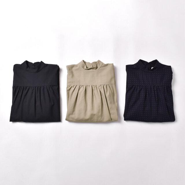 カラーは左より、【charcoal-gray】【beige】【pin-dot】の3種類をご用意しました。