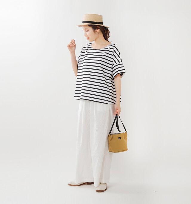 model yama:167cm / 49kg color : blanc×noir / size : 1