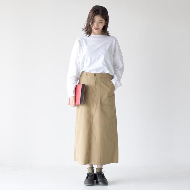 モデル: 157cm / 47kg color:beige / size:38(レディースL)