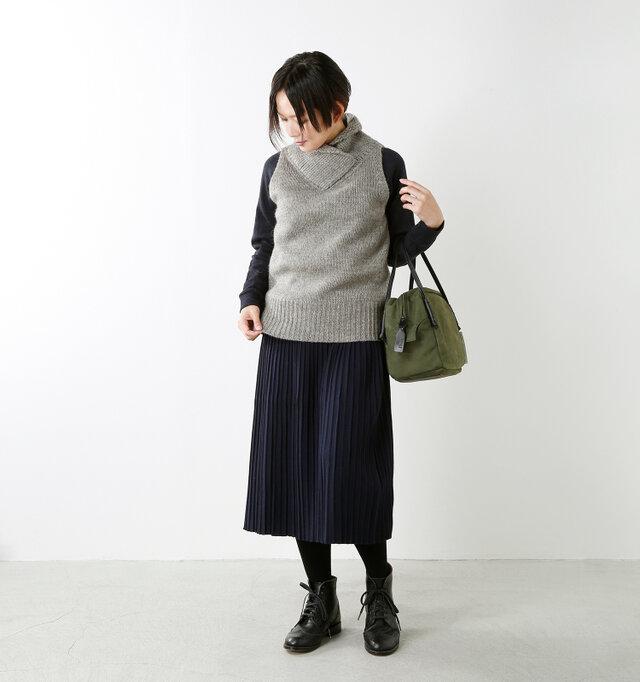 model mayu:158cm / 48kg color : light gray / size : 38